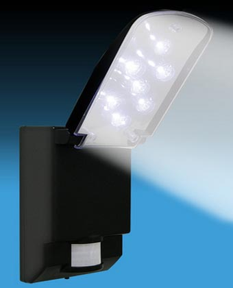 Motion Activated Wireless Auto On 7 LED Security Light Indoor Outdoor J5293